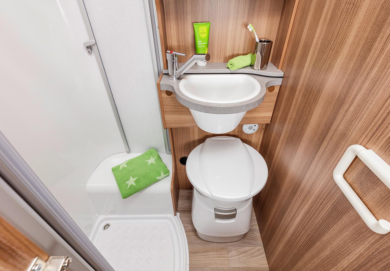 Apollo Family Voyager toalett