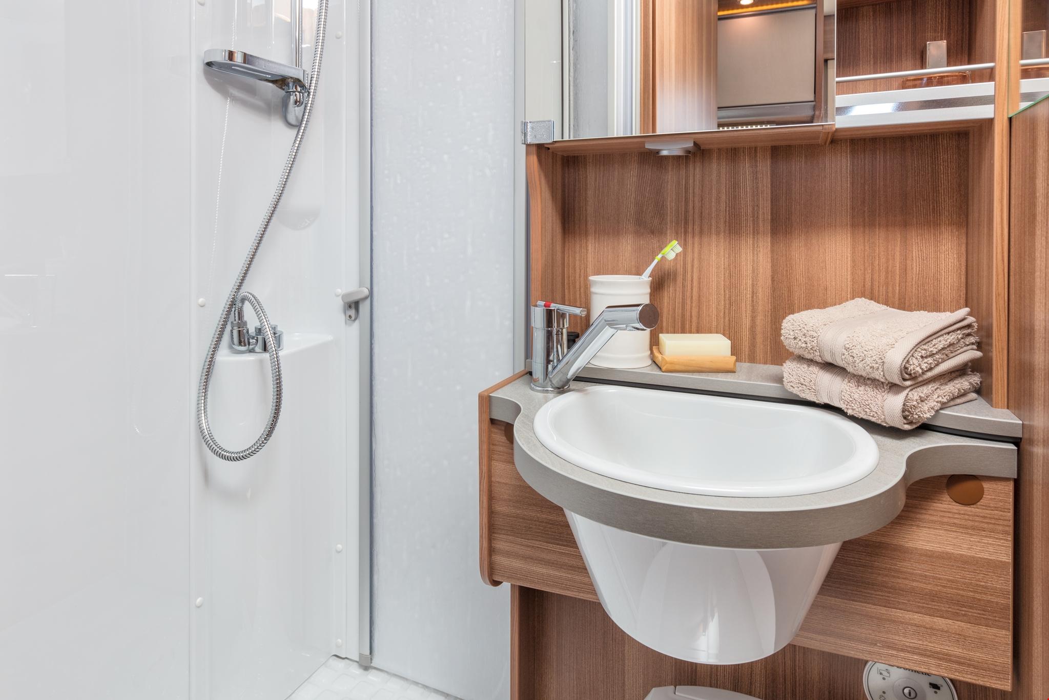 Dusj og vask i Apollo Duo Plus